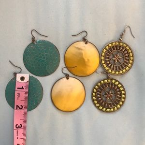 Set of 3 pairs of earrings
